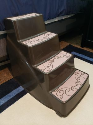 Pet steps gently used, good condition, 23 in Deep, 16 in Wide, 20 in Tall, holds up to 70 lbs. Plastic for Sale in Murfreesboro, TN