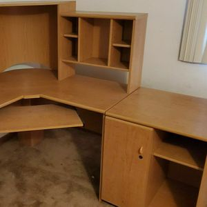 Corner Desk With Hutch & Added Cabinet for Sale in Chicago Ridge, IL