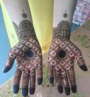 Henna designs for wedding party every events for Sale in Oakland, CA