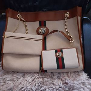 Gucci tote and matching wallet OBO for Sale in Queen Creek, AZ