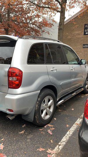Toyota 04 RAV for Sale in Alexandria, VA