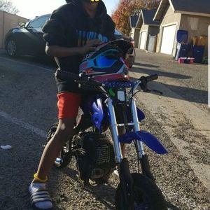 Basic Gas. 50 Cc Dirt bike for Sale in Fresno, CA
