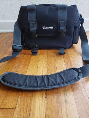 Canon Gadget Bag (Model 2400) for Sale in Chula Vista, CA