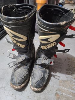 Axo boxer dirt bike riding boots for Sale in Hillsboro,  OR
