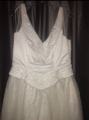 Wedding dress for Sale in Wasco, CA