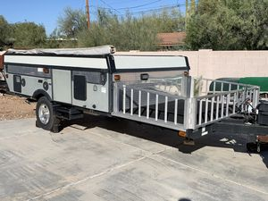 2009 Coleman E3 camping / pop-up trailer. for Sale in Tempe, AZ