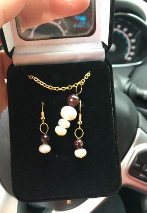 Necklace and matching earrings never worn for Sale in Kingsport, TN