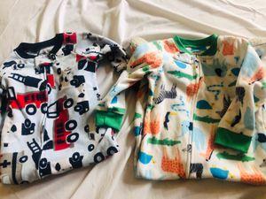 18 months onesies pijamas for Sale in Los Angeles, CA