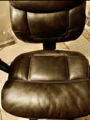 Leather Country Chair for Sale in San Antonio, TX