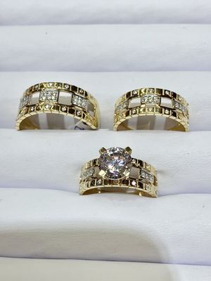 14k gold wedding ring brand new ( item#MMR03) for Sale in Chicago, IL