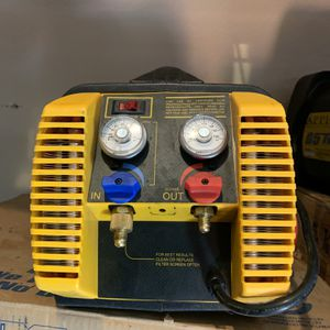 G-5 Freon Refrigerant Recovery Machine Hvac R-22 for Sale in Overton, NV