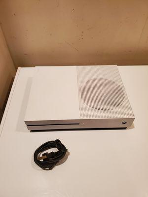 Xbox one S 500GB (read) for Sale in Philadelphia, PA