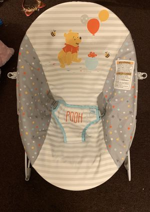 Winnie the Pooh baby Vibrating bouncer for Sale in Los Angeles, CA
