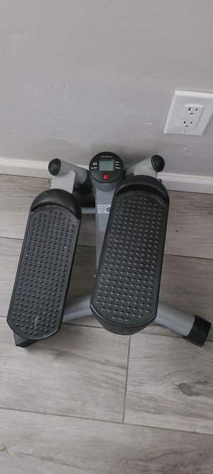 Home elliptical screen shows calories burnt for Sale in Tempe, AZ