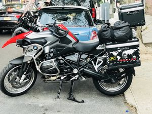 Hot! Bmw red R1200gs, 2016, mint condition, complete with touratech pannier for Sale, used for sale  Queens, NY