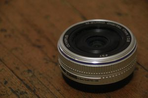 Olympus 17mm 2.8 M. Zuiko Pancake Lens!!!!! Tack SHARP wide prime! for Sale in San Diego, CA