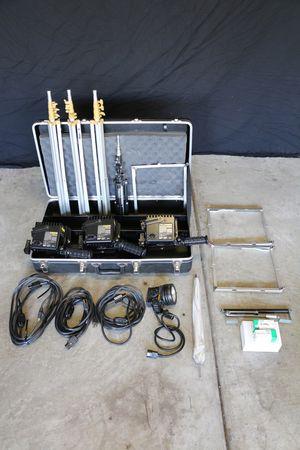 Lowel Omni Light Kit - Lighting Equipment for Sale in Chino Hills, CA