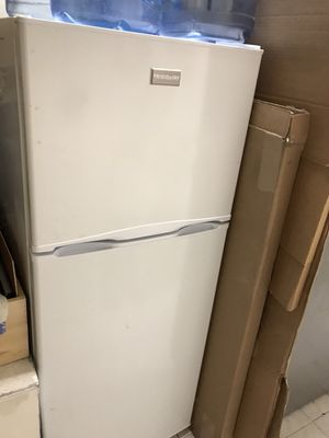 "Refrigerator 24"" for Sale in San Francisco, CA"