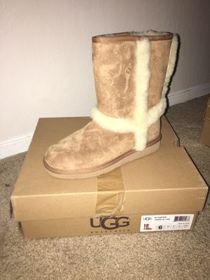 UGG Boots Size 6 Woman's for Sale in Richmond, CA