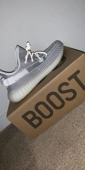Yeezy Boost 350 v2 for Sale in Windermere, FL