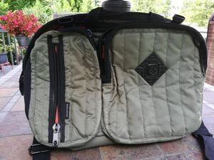 Skullcandy Laptop Messenger Bag Crossbody or Backpack Straps for Sale in Cumming, GA