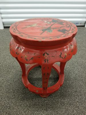 Antique end table for Sale in Richmond, VA