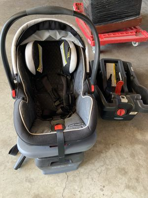 Infant car seat for Sale in East Los Angeles, CA