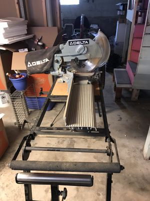 Delta chop saw and work table for Sale in Medford, MA