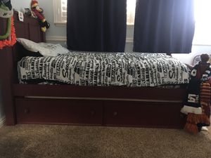 Twin Bed with trundle and matching dresser for Sale in Torrance, CA