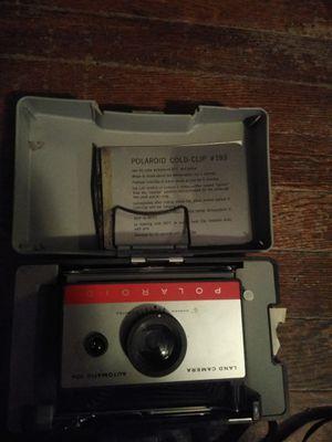 Polaroid land camera automatic 104 antique camera for Sale in Cedar Rapids, IA