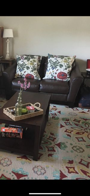 Couch and Coffee Table for Sale in La Habra Heights, CA