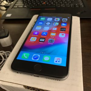 Apple iPhone 6 Plus 16GB Space Grey Unlocked with Charger for Sale in Aurora, IL