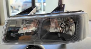 2003-2016 GMC- Savana 2500-3500-Chevy Express *Front Headlight Assembly* for Sale in South Gate, CA