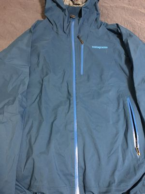 Patagonia jacket size xl women for Sale in Oakland, CA