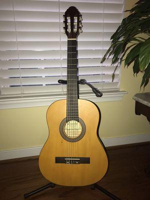 Lucinda LG-400 3/4 Natural classical student Guitar for Sale in Glen Allen, VA