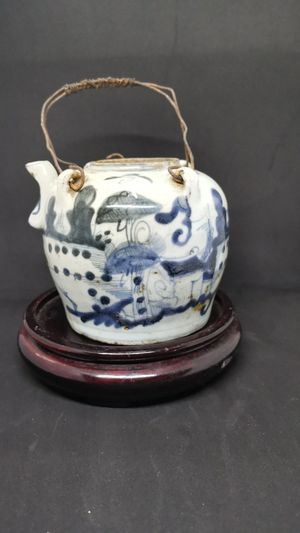 Chinese antique blue and white pot for Sale in Winston-Salem, NC