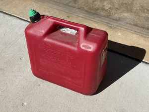 FREE 5 Gallon Gas Tank for Sale in Apple Valley, MN