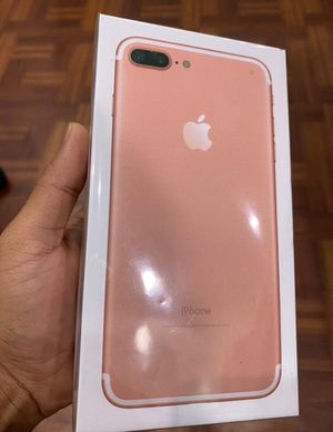 Rose gold iPhone 7+ unlocked for Sale in Sugar Land, TX