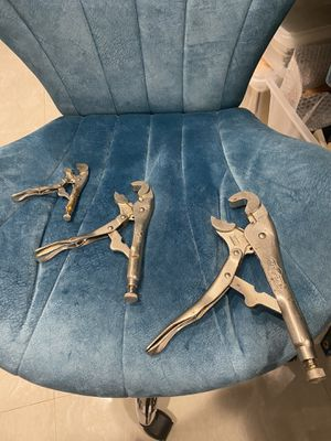 V -jaw locking pliers made by Vise Grip for Sale in Miami, FL