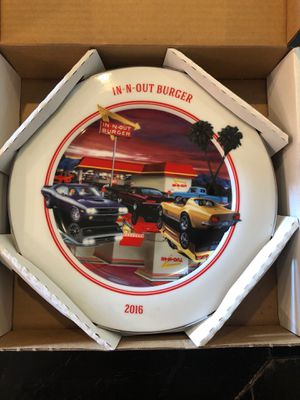 In-N-Out Burger Collectable Plate 2016 for Sale in La Verne, CA