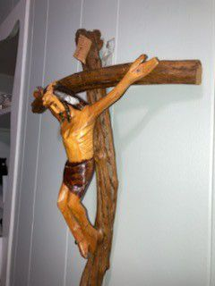 Vintage Hand Carved Crucifix Jesus 22in x 14in painted for Sale in Cincinnati,  OH