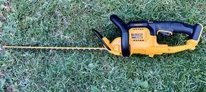 DEWALT 22 in. 20-Volt MAX Lithium-Ion Cordless Hedge Trimmer (Tool Only) for Sale in Azusa, CA