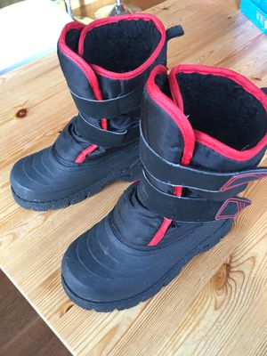 NEED REPAIR: Snow boots - kids size 12 for Sale in Seattle, WA