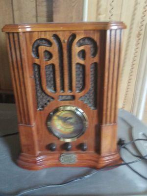 Phone and radio for Sale in Felton, DE