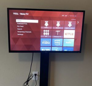 "Smart TCL tv 32"" for Sale in Milwaukie, OR"
