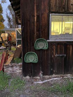 barn find tractor seats for Sale in Newport Beach,  CA