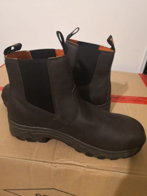 New Timberland pro work boots. Size 9w. Alloy toe. for Sale in Riverside, CA