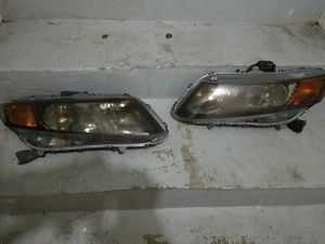Honda civic 2012 Headlight for Sale in Bladensburg, MD