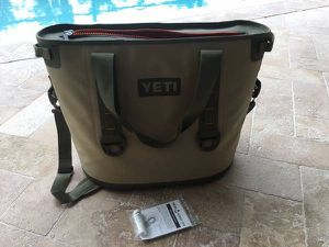 Yeti hopper 30 soft cooler for Sale in Alma, WV