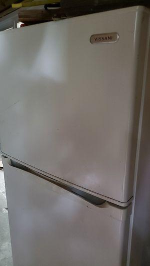 Vissani refrigerator for Sale in Tampa, FL